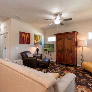 Apartment photo 12